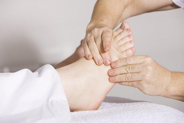 masaż nogi